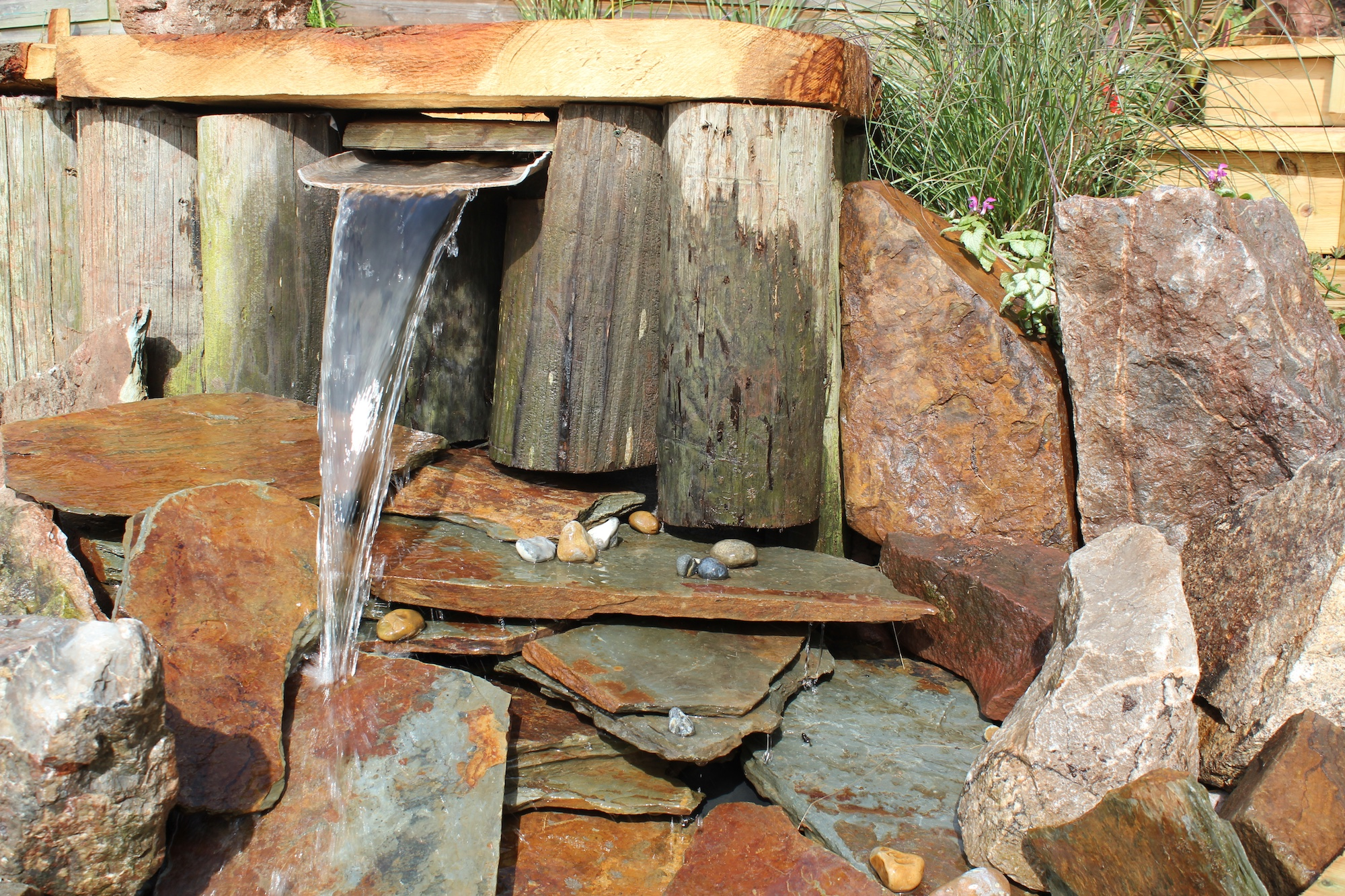 Water Features Amp Hot Tubs Teign Trees