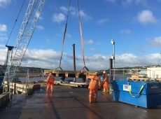 Teignmouth Fish Quay Stanchion Cutting4